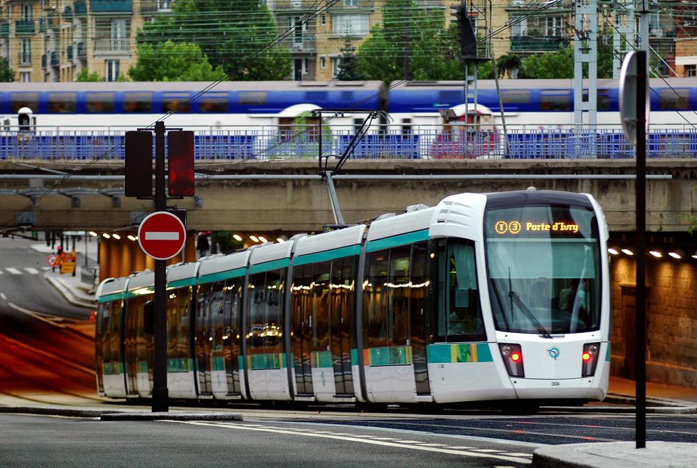 Améliorer la qualité du service dans les trains et les tramways