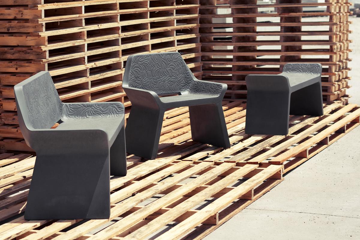 Banc, chaise et tabouret KELLY © Marc Aurel, photo © Anna Pericas