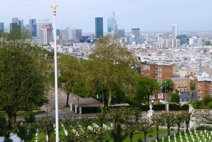 Une vue sur Paris du Mont Valérien