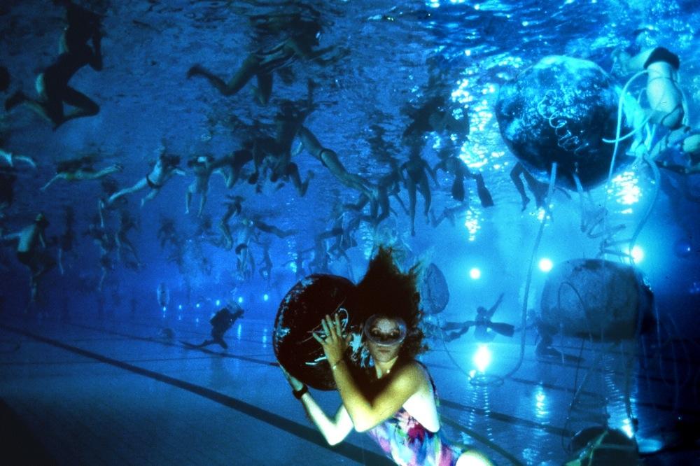 Les concerts subaquatiques de Michel Redolfi, en piscine
