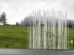 L'arrêt de bus conçu par Sou Fujimoto ©Adolf Bereuter