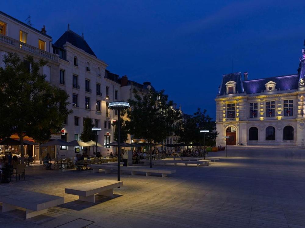 Ambiance lumineuse à Poitiers