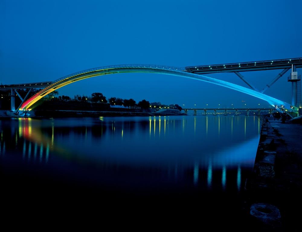 La passerelle de Séoul réalisée par Rudy Ricciotti © Lafarge