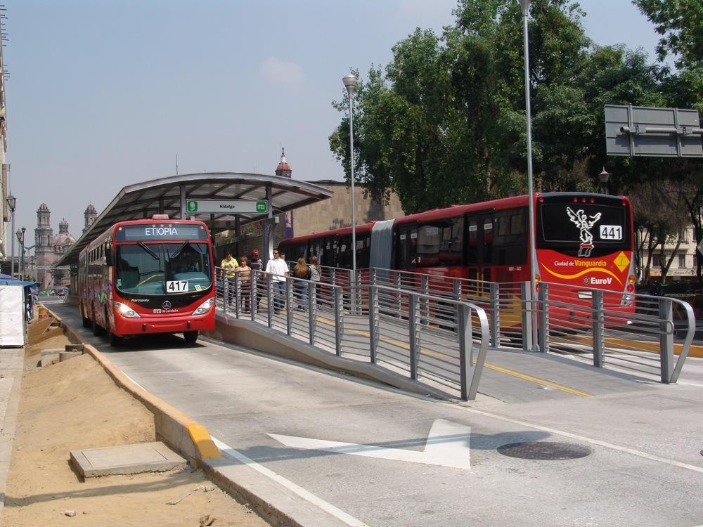 Le métrobus de Mexico © Catherine Paquette
