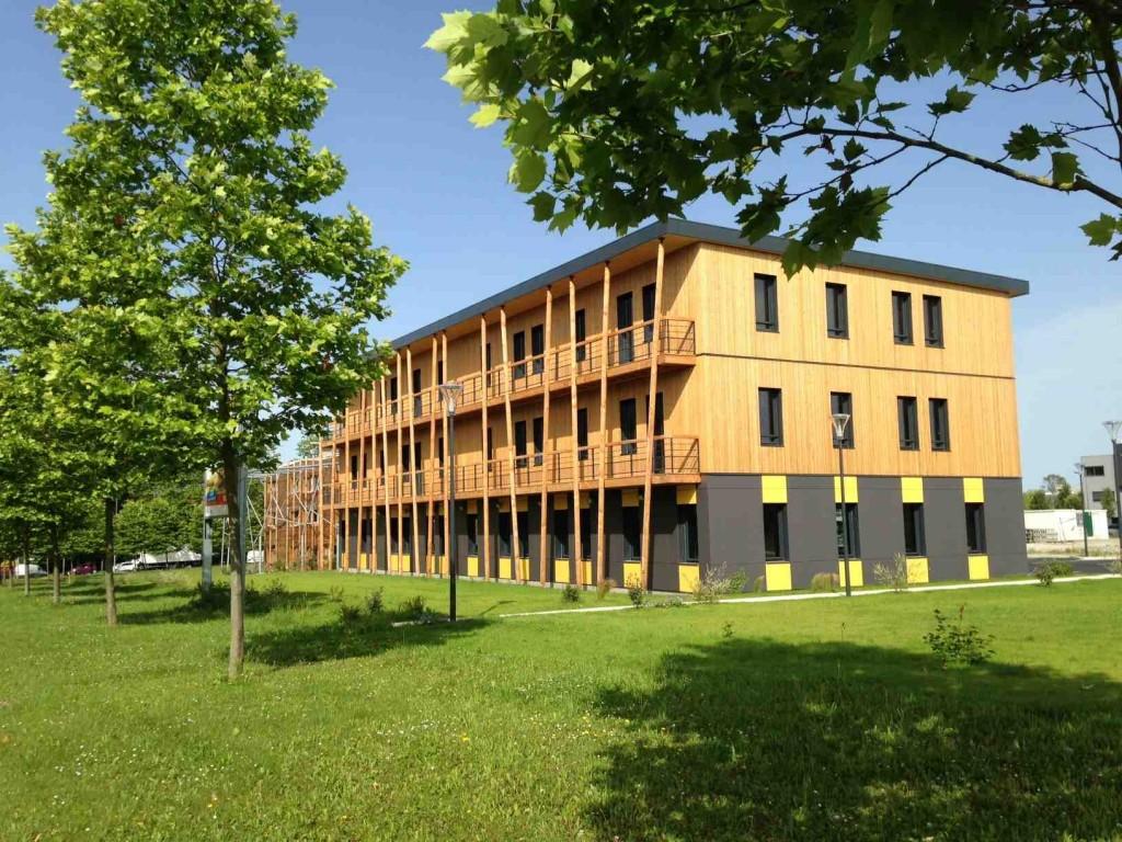 Centre tertiaire Ywood à Pau