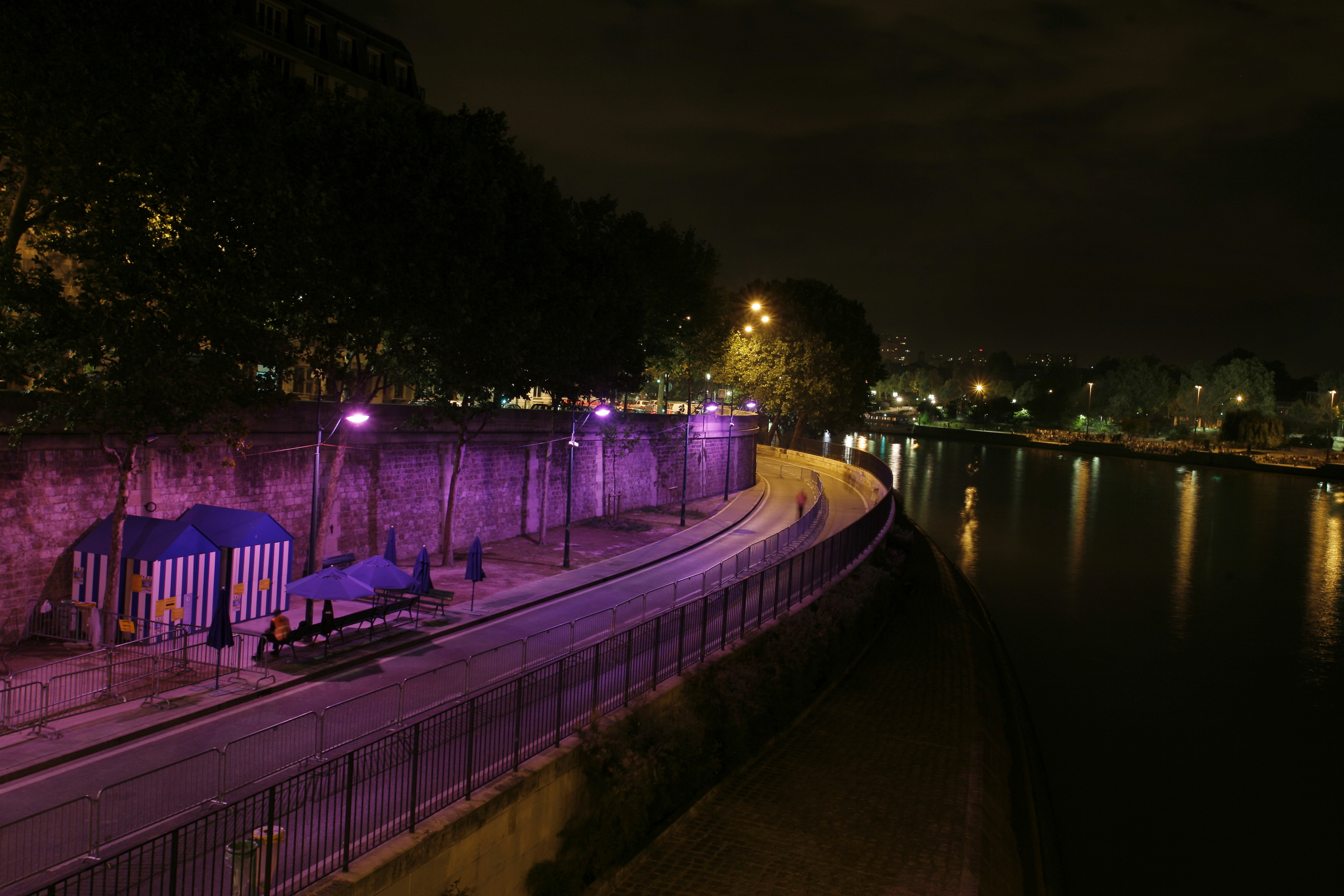 paris-plage-nuit