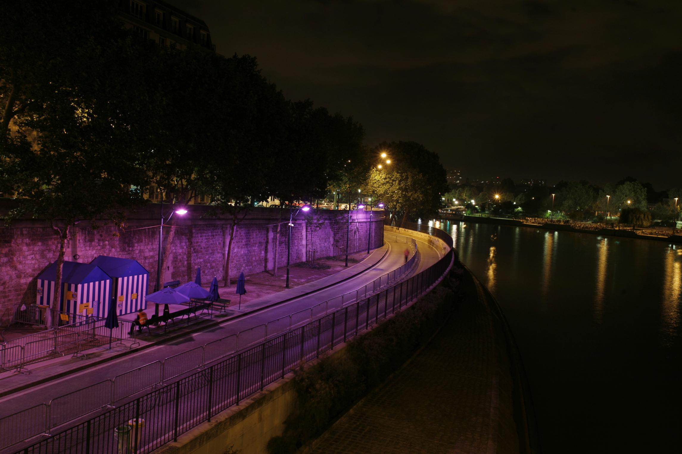 paris-plage-nuit
